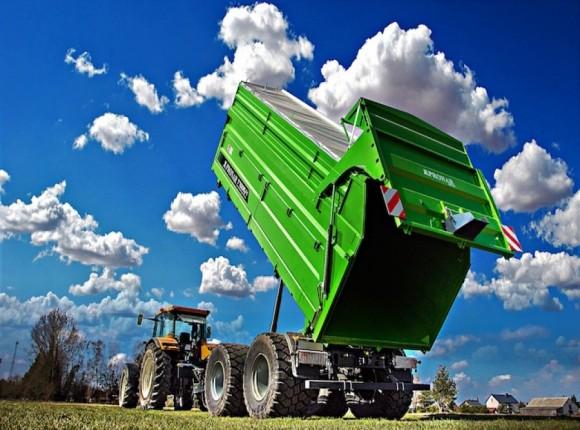 Sprzedaż przyczep rolniczych w Polsce - lipiec 2021