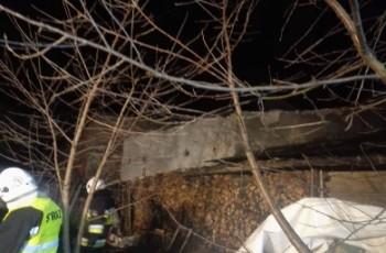 Ranni, brak prądu, powalone drzewa - bilans szkód po